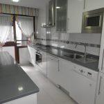 Foto de la cocina del piso en la Avenida a la venta en Trivinsa inmobiliaria
