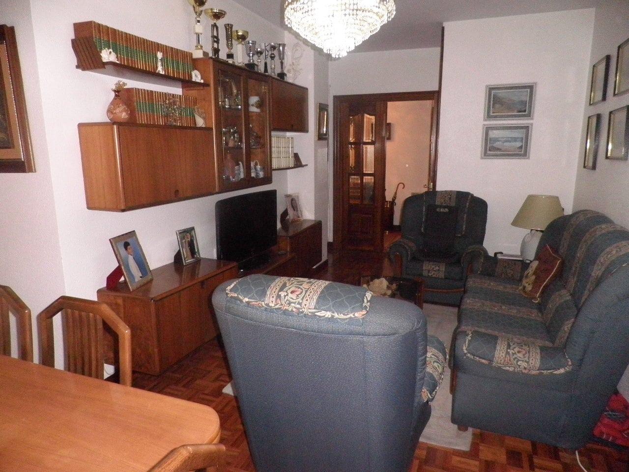 V04719-02-SALON-PISO-PINTORES-TRIVINSA-INMOBILIARIA