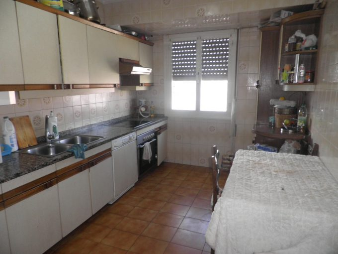 Foto de la cocina del piso en El Pilar a la venta en Trivinsa inmobiliaria