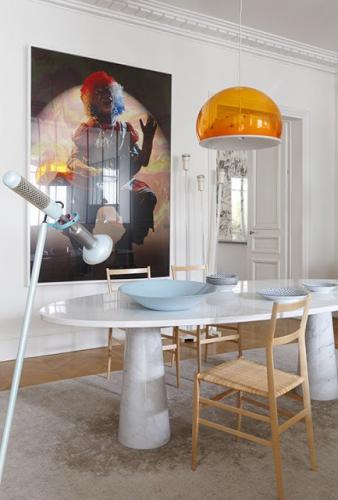 Comedor-escultural-mesa-fotografía-lamparas-diseño.