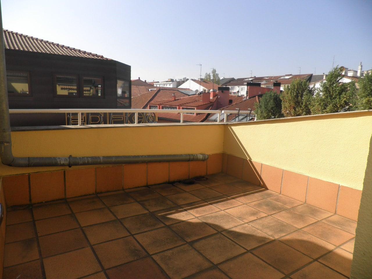 V04740-08-TERRAZA-PISO-CENTRO-TRIVINSA-INMOBILIARIA