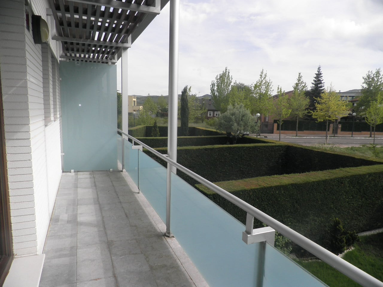 C03530-13-TERRAZA-CHALET-ULETA-TRIVINSA-INMOBILIARIA