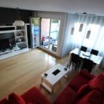 Foto del salón del chalet en Aretxabaleta a la venta en Trivinsa inmobiliaria
