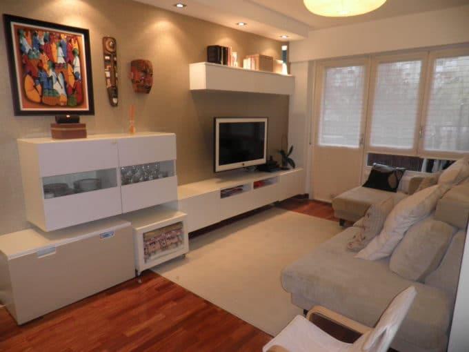 Foto del salón del piso en Aranbizkarra a la venta en Trivinsa inmobiliaria