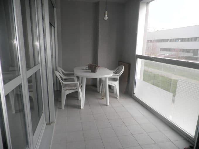 Foto de la terraza del piso en Zabalgana a la venta en Trivinsa inmobiliaria