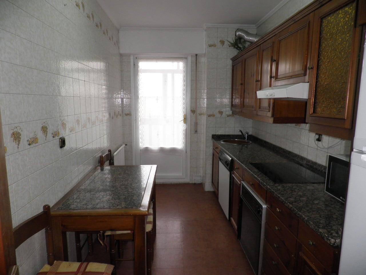V04909-03-COCINA-PISO-VITORIA-SANTA-LUCIA-TRIVINSA-INMOBILIARIA
